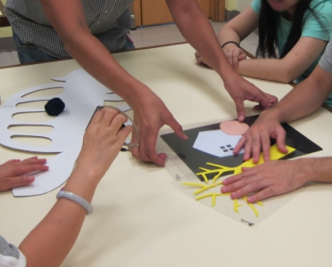 吉卜力工作室場面設計手稿展‧高畑勲與宮崎駿動畫的秘密:通達導賞團的參加者透過不同的道具了解展覽