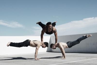 超能量街舞團《無限亮街舞對決》宣傳圖像