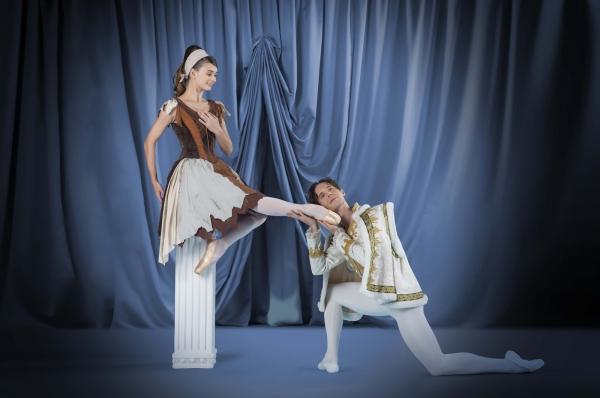 輕輕鬆鬆睇芭蕾:《仙履奇緣》篇宣傳圖像